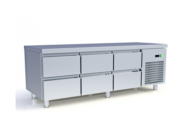 LOW COOLING COUNTERS WITH COMPRESSOR